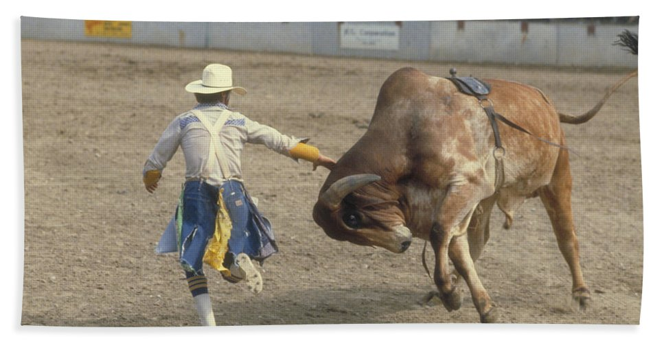 Rodeo Bath Sheet featuring the photograph Rodeo Clown by Jerry McElroy