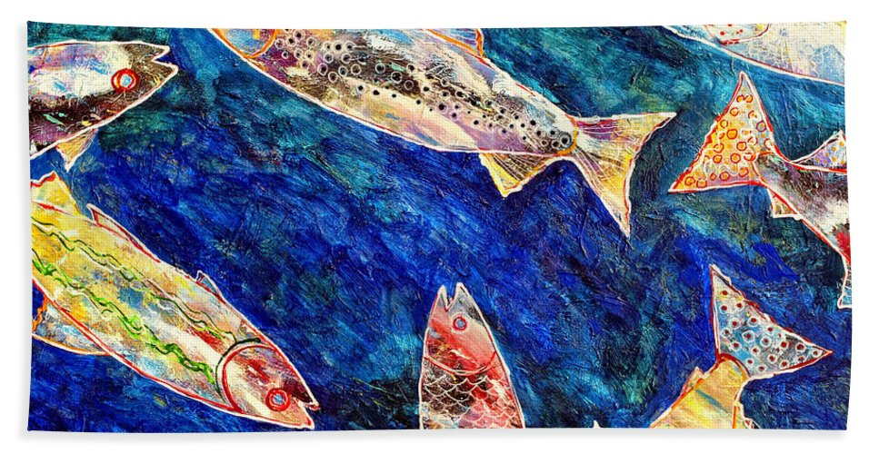 Fish Hand Towel featuring the painting Rogue Wave by Dominic Piperata