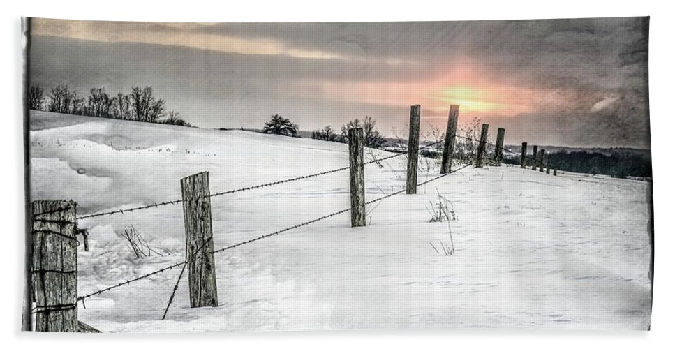 Winter Bath Sheet featuring the photograph Rolling Hills by Garvin Hunter