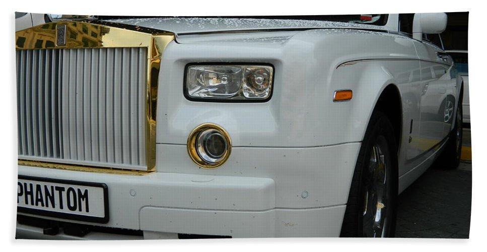 Car Hand Towel featuring the photograph Rolls Royce Phantom by Arlane Crump
