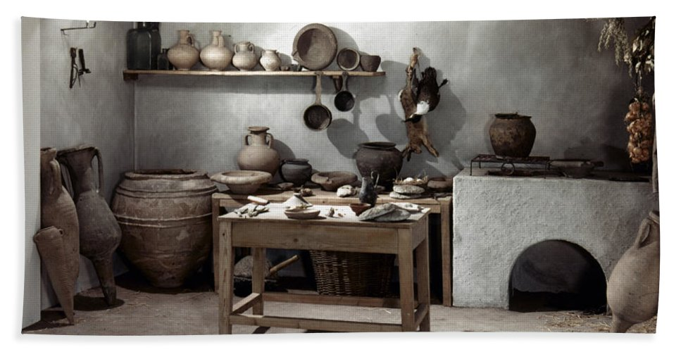 100 Hand Towel featuring the photograph Roman Kitchen, 100 A.d by Granger