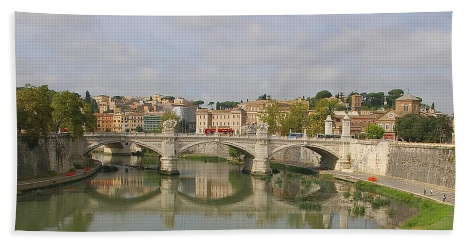 Rome Bath Sheet featuring the photograph Rome Reflections by Tom Reynen