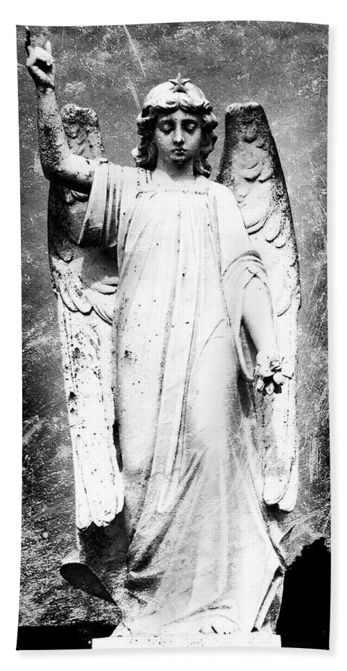 Roscommon Bath Towel featuring the photograph Roscommon Angel No 2 by Teresa Mucha