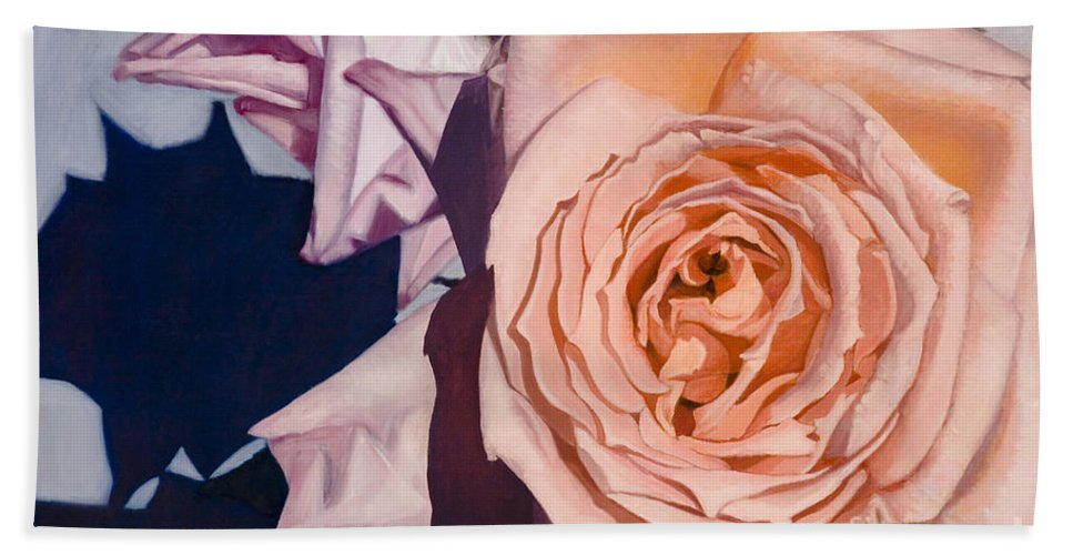 Roses Bath Towel featuring the painting Rose Splendour by Kerryn Madsen-Pietsch
