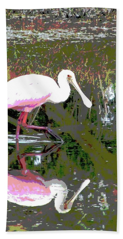 Roseate Spoonbill Bath Sheet featuring the photograph Roseate Spoonbill II by Lynne Erickson