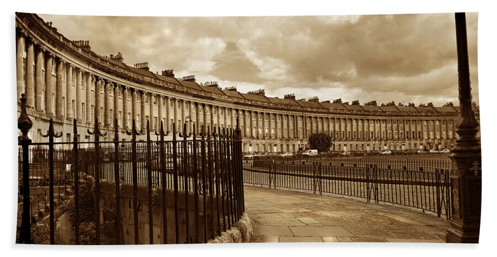 Bath Hand Towel featuring the photograph Royal Crescent Bath Somerset England Uk by Mal Bray