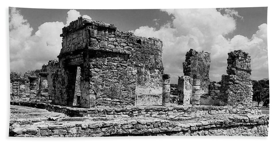 Ek Balam Hand Towel featuring the photograph Ruins Of Ek Balan by Michael Peychich