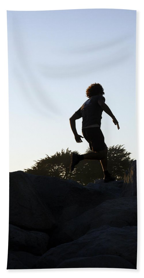 Run Hand Towel featuring the photograph Runner by Marilyn Hunt