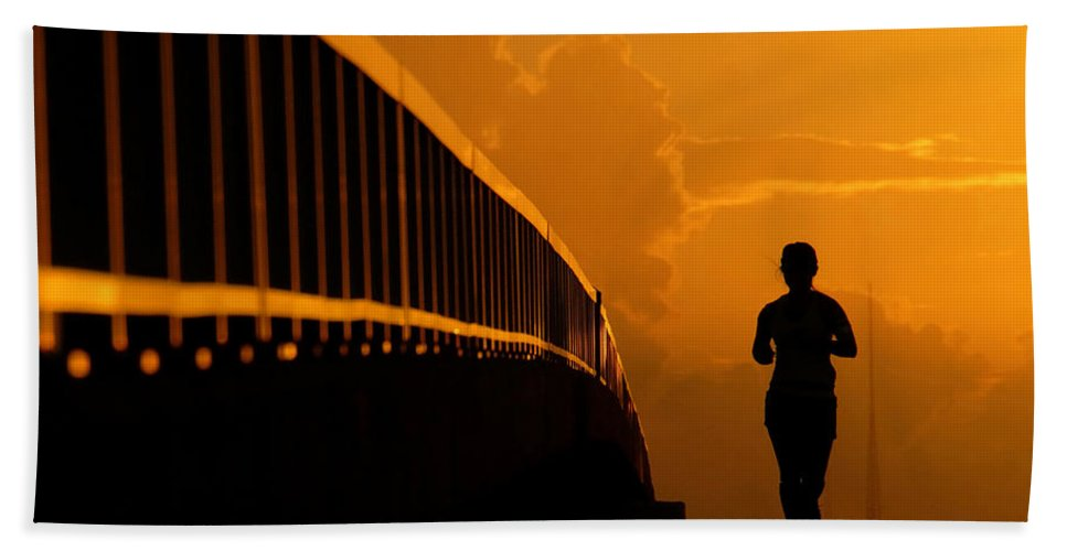Running Bath Towel featuring the photograph Running Girl by David Lee Thompson