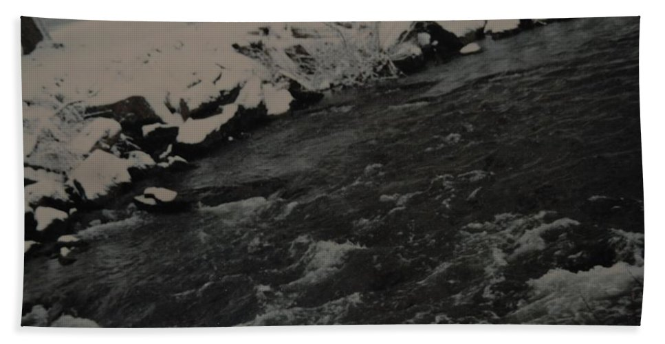 Landscape Bath Sheet featuring the photograph Running Water by Rob Hans