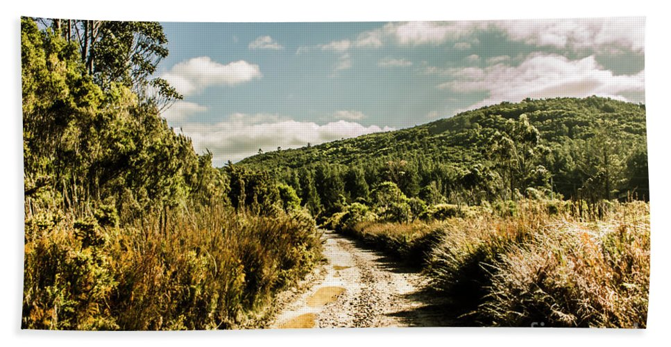 Road Bath Towel featuring the photograph Rural Paths Out Yonder by Jorgo Photography - Wall Art Gallery