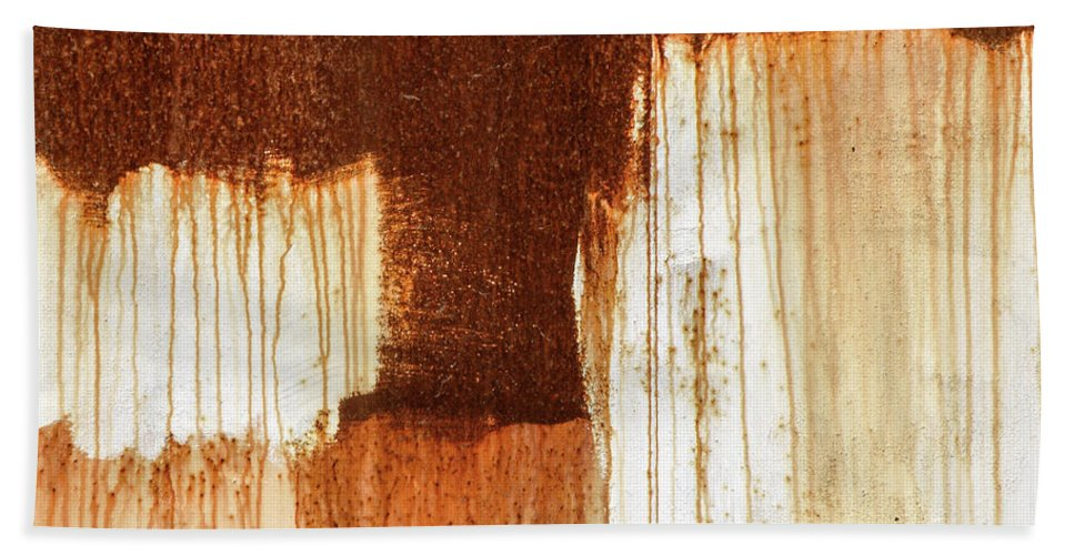 Abstract Bath Towel featuring the photograph Rust 02 by Richard Nixon