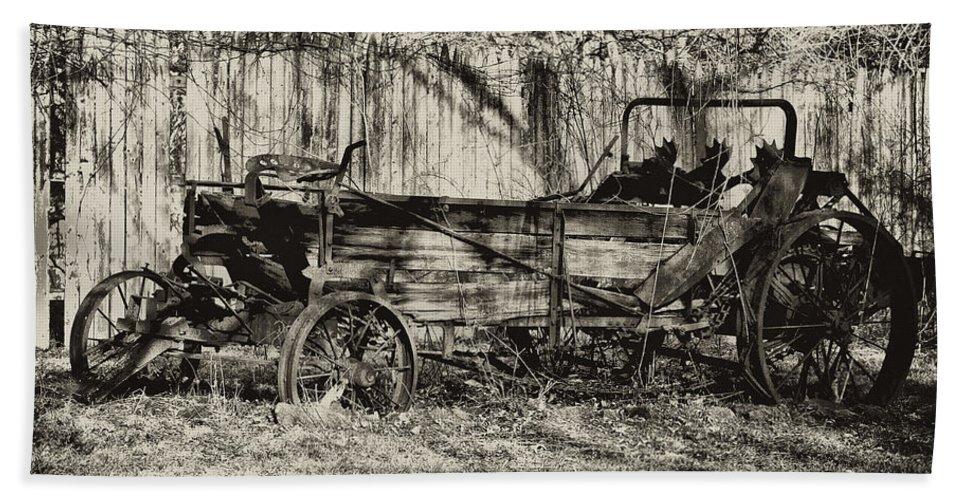 Farm Bath Sheet featuring the photograph Rust Bucket by Bill Cannon