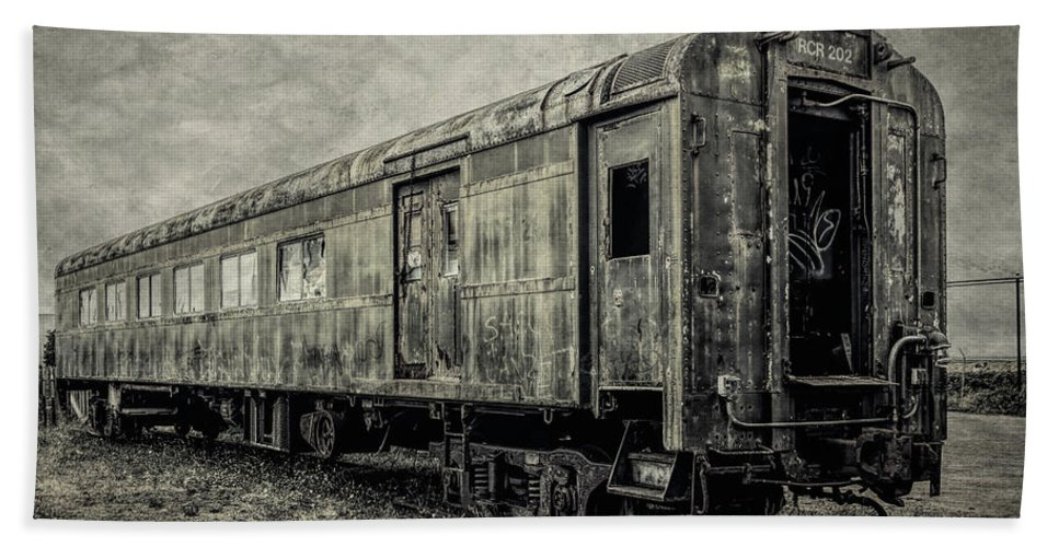 Railroad Bath Towel featuring the photograph Rusting Passenger Car Ft Bragg by Garry Gay