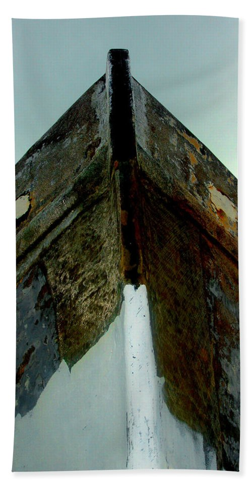 Boat Bath Sheet featuring the photograph Rusty Bow by Susanne Van Hulst