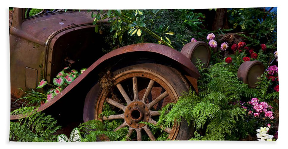 Rusty Truck Hand Towel featuring the photograph Rusty Truck In The Garden by Garry Gay