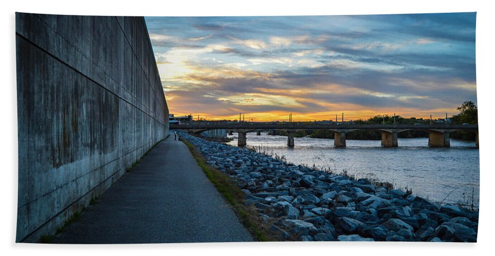 Rva Bath Sheet featuring the photograph Rva Flood Wall by Aaron Dishner
