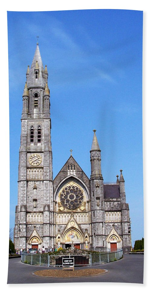 Ireland Bath Sheet featuring the photograph Sacred Heart Church Roscommon Ireland by Teresa Mucha