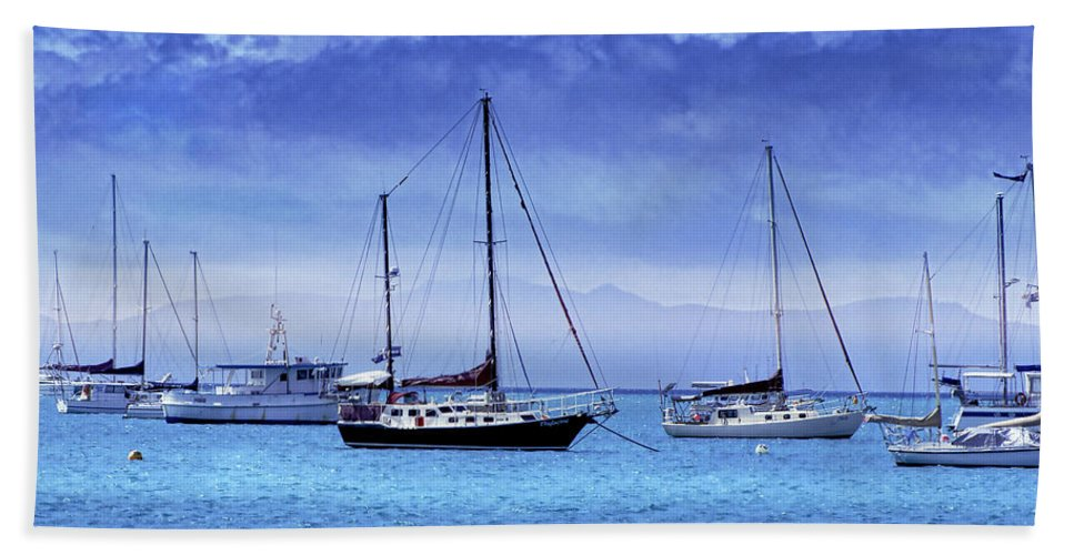 Landscapes Hand Towel featuring the photograph Safe Harbor by Holly Kempe