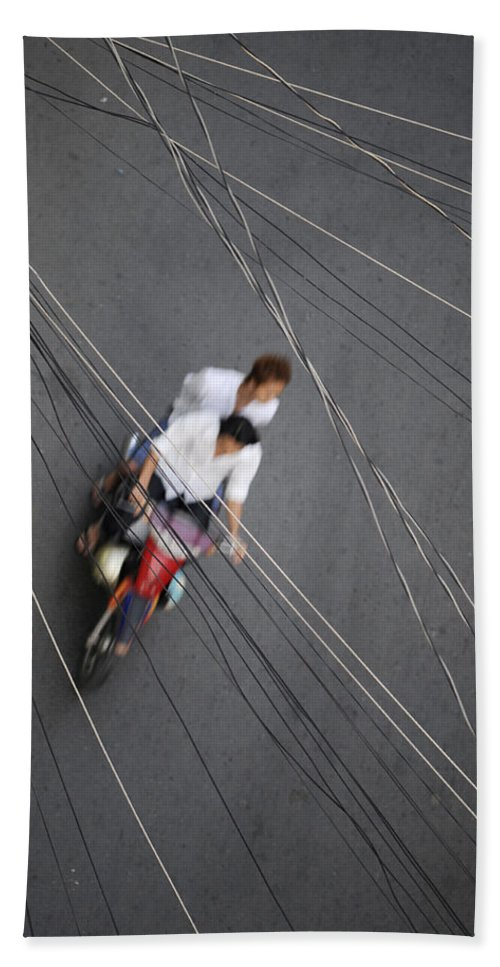 Asia Hand Towel featuring the photograph Saigon Wires by Rafa Rivas