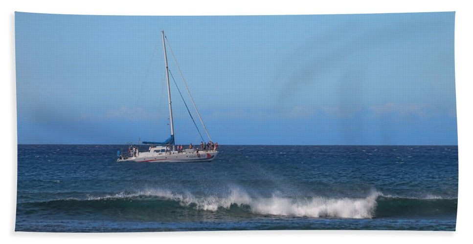 Pamela Walton Bath Sheet featuring the photograph Sailing And Sunshine by Pamela Walton