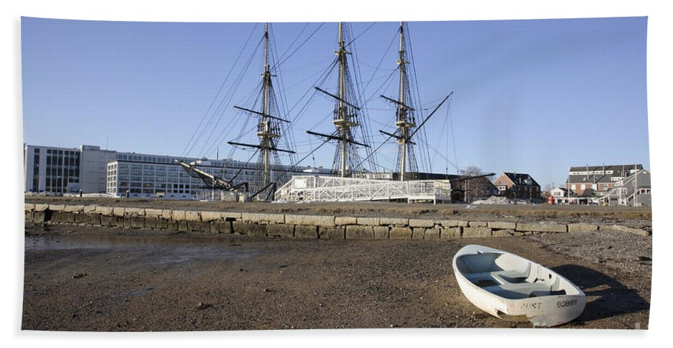Salem Bath Towel featuring the photograph Salem Maritime National Historic Site In Salem Massachusetts Usa by Erin Paul Donovan