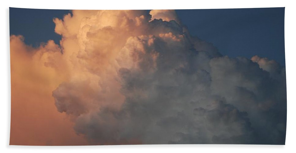 Clouds Bath Sheet featuring the photograph Salmon Sky by Rob Hans