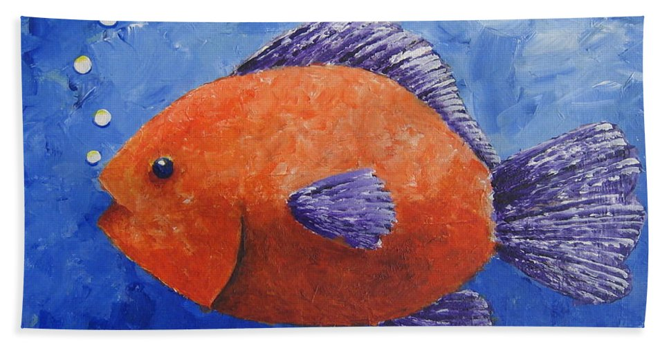 Fish Hand Towel featuring the painting Sammy by Suzanne Theis