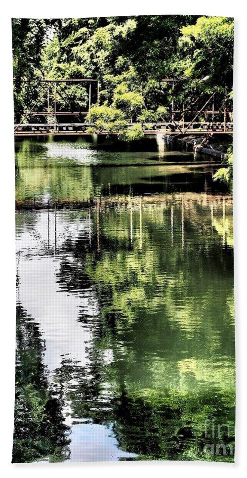 Bridge Bath Sheet featuring the photograph San Antonio River Scenic by Gary Richards