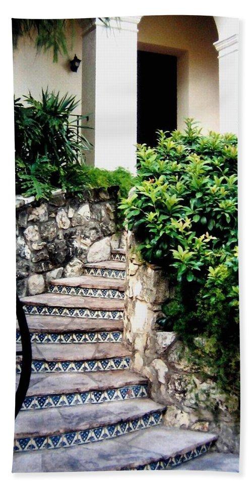 San Antonio Stairway Bath Towel featuring the photograph San Antonio Stairway by Will Borden