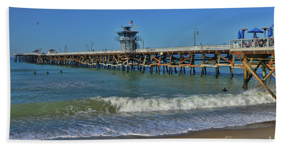 Warf Bath Sheet featuring the photograph San Clemente Pier by Tommy Anderson