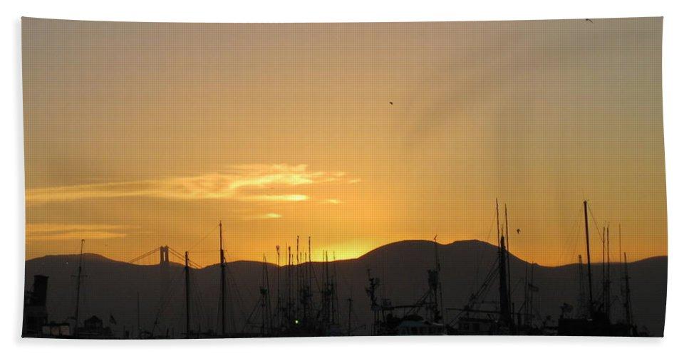 San Francisco Hand Towel featuring the photograph San Francisco Bay Sunset by Marta Robin Gaughen