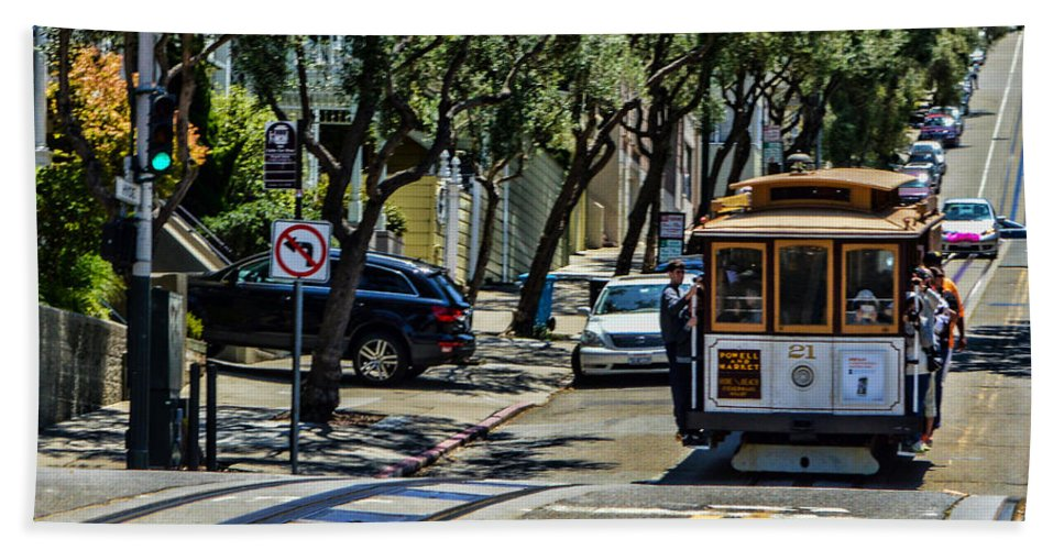 Cable Cars Hand Towel featuring the photograph San Francisco, Cable Cars -1 by Tommy Anderson