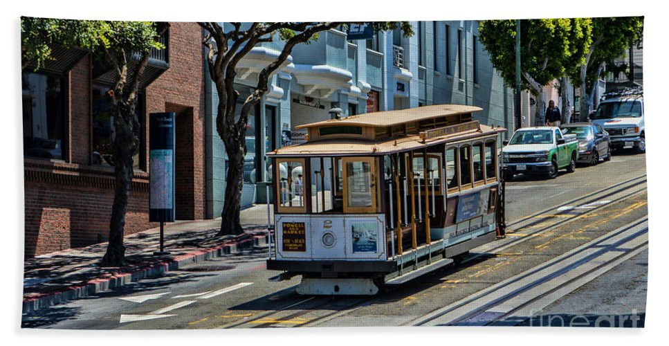 Cable Cars Hand Towel featuring the photograph San Francisco, Cable Cars -2 by Tommy Anderson