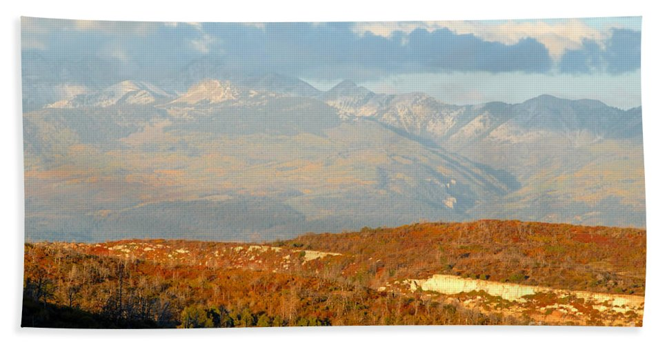 San Juan Mountains Colorado Hand Towel featuring the photograph San Juan Mountains by David Lee Thompson