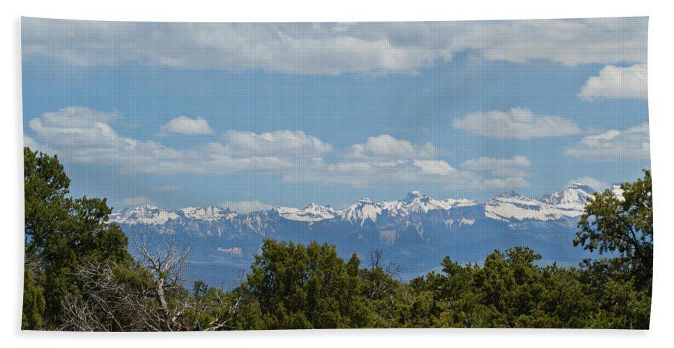 Art Bath Sheet featuring the photograph San Juan Mountains by Ernie Echols