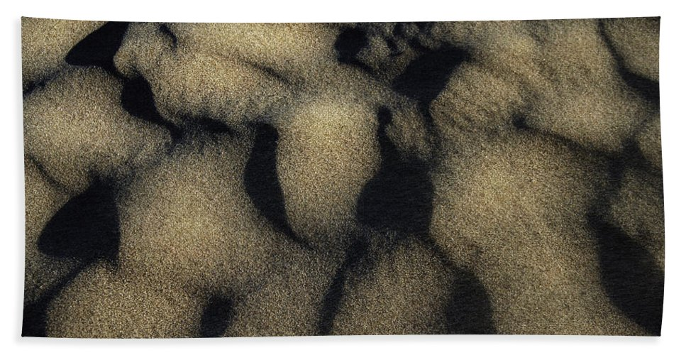 Sand Hand Towel featuring the photograph Sands Of Time by Donna Blackhall