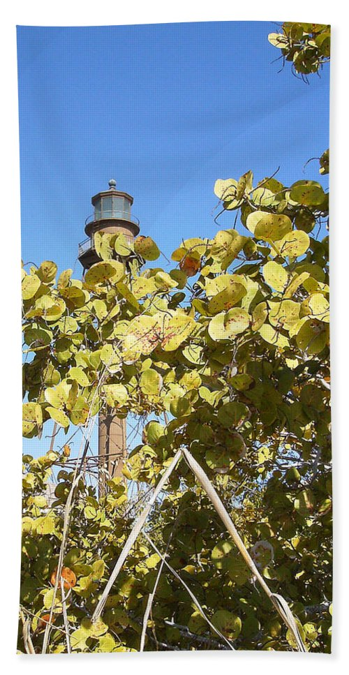Florida Bath Sheet featuring the photograph Sanibel Lighthouse by Chris Andruskiewicz