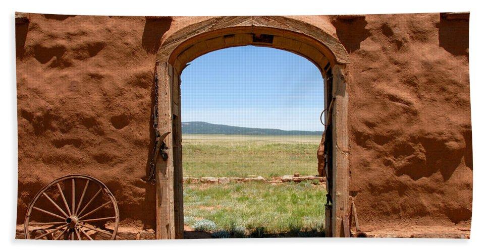 Santa Fe Trail Bath Sheet featuring the photograph Santa Fe Trail by David Lee Thompson