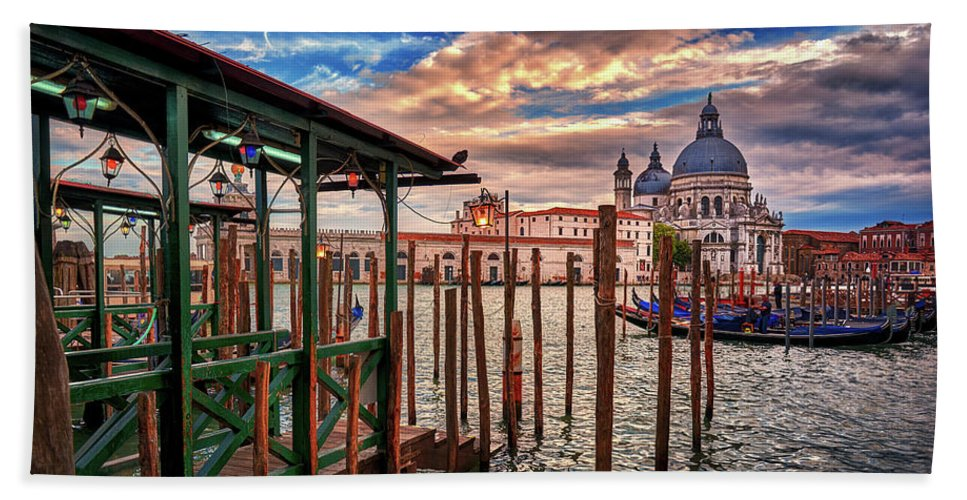 Hand towel with travel image of Venice printed on it