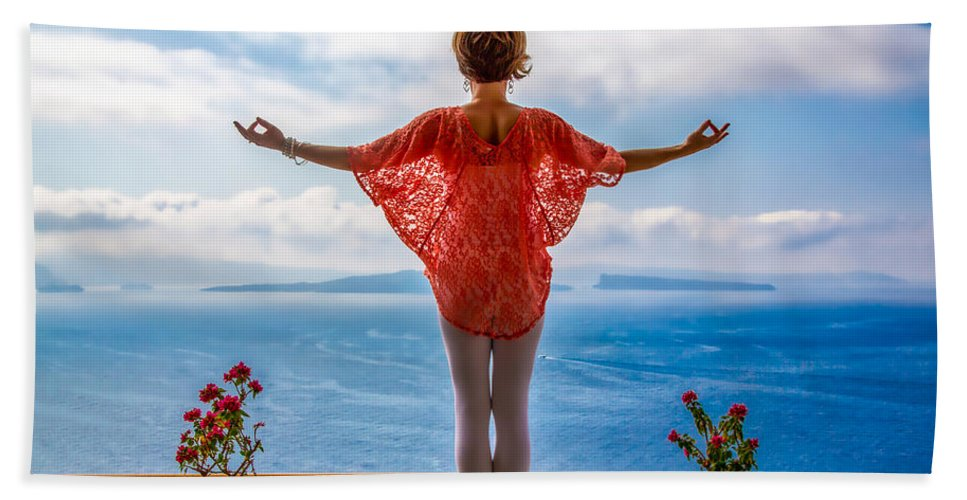 Santorini Bath Towel featuring the photograph Santorini Yoga Goddess by Stuart Smith