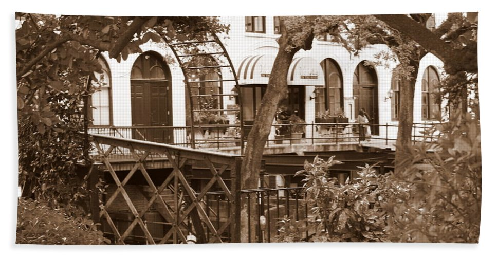 Factors Walk Hand Towel featuring the photograph Savannah Arches In Sepia by Carol Groenen