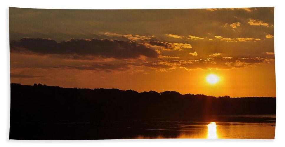 Landscape Hand Towel featuring the photograph Savannah River Sunset by Susan Cliett