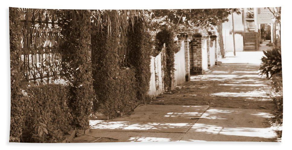 Savannah Hand Towel featuring the photograph Savannah Sepia - Sunny Sidewalk by Carol Groenen