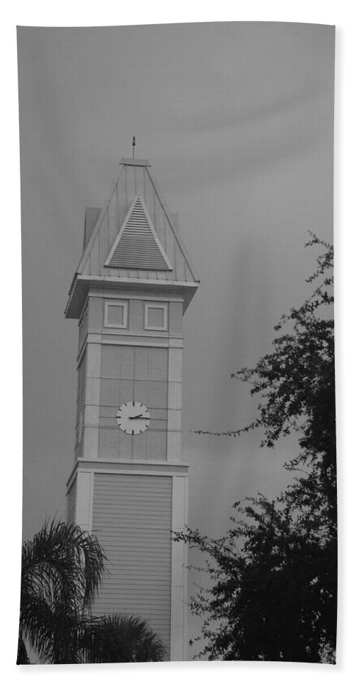 Black And White Bath Towel featuring the photograph Save The Clock Tower by Rob Hans