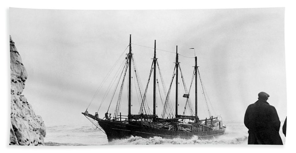 1 Person Hand Towel featuring the photograph Schooner Shipwreck by Underwood Archives