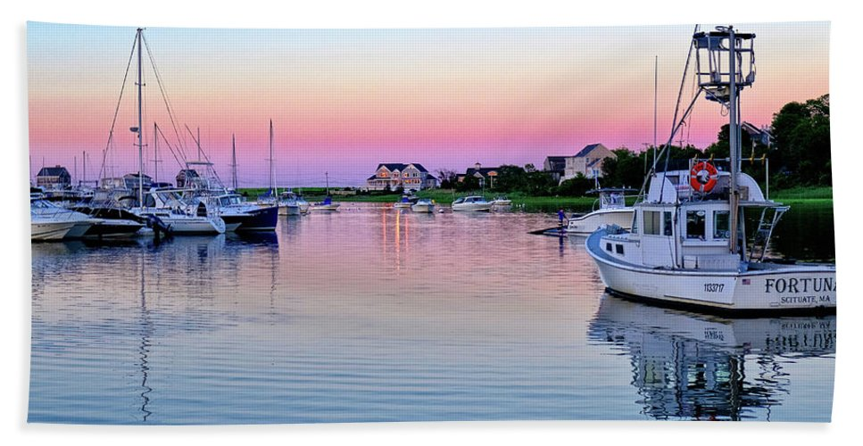 Scituate Bath Sheet featuring the photograph Scituate Harbor Sunset by Jeremie Doucette
