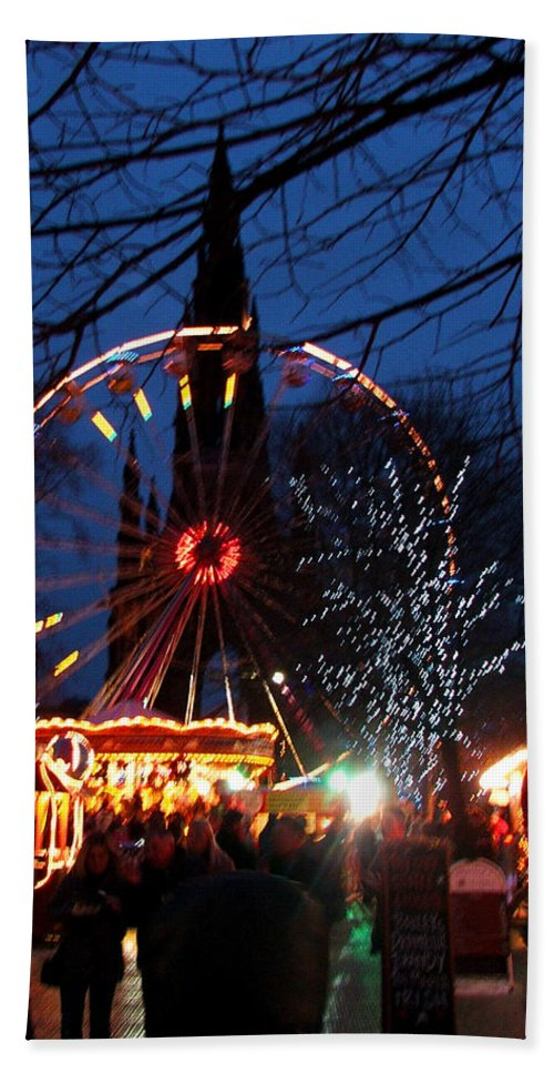 Scot Hand Towel featuring the photograph Scot Monument Christmas And Hogmanay Fair Scotland by Heather Lennox