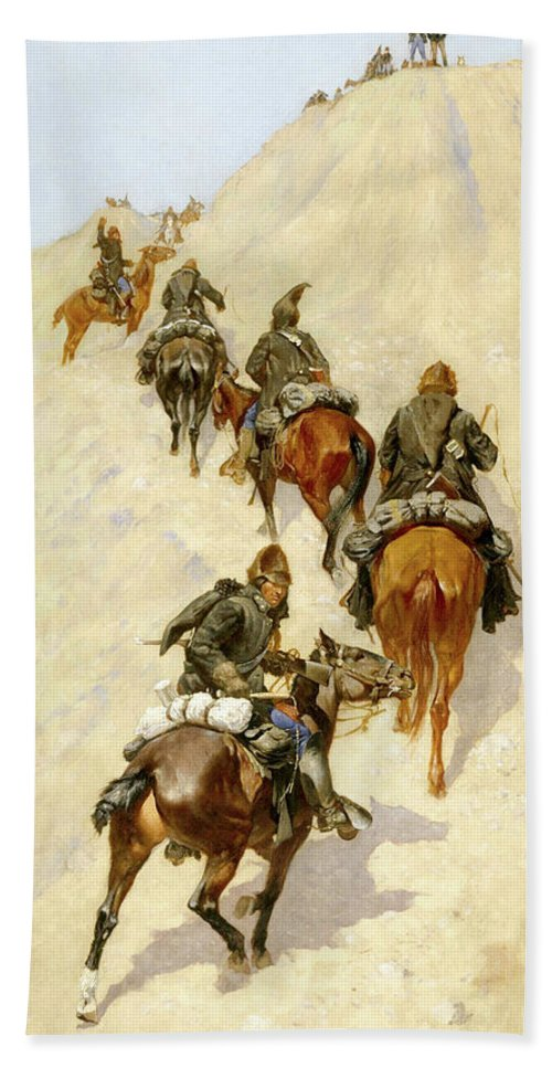 Cavalry Bath Sheet featuring the painting Scouts Climbing A Mountain by Frederic Sackrider Remington