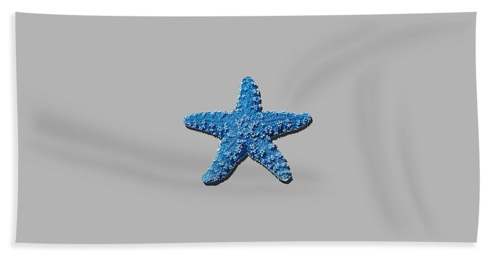 Sea Star Hand Towel featuring the photograph Sea Star Medium Blue .png by Al Powell Photography USA
